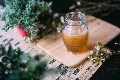 Як правильно зберігати мед щоб він не зацукрувався