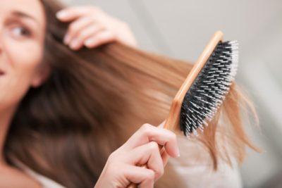 як почистити гребінець від волосся