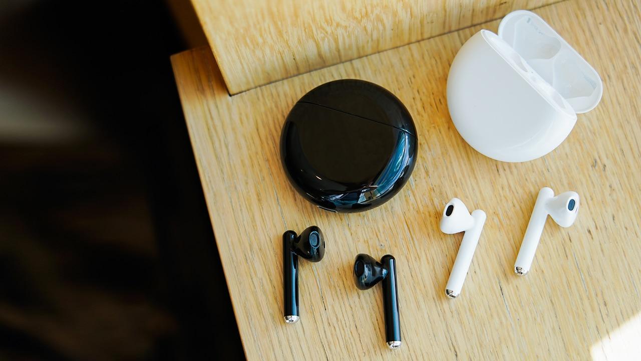 Обзор наушников Huawei FreeBuds 3 - наушники белые и черные