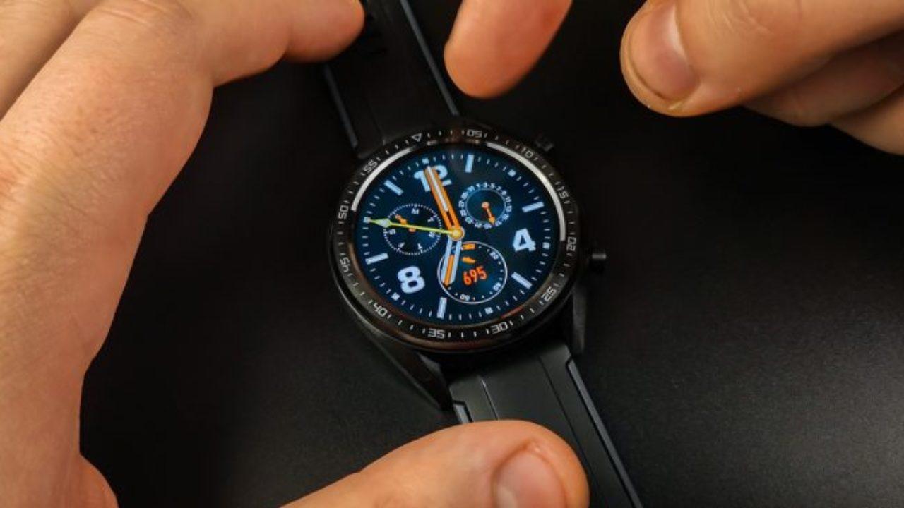 Обзор смарт-часов Huawei Watch GT2 - циферблат смарт-часов