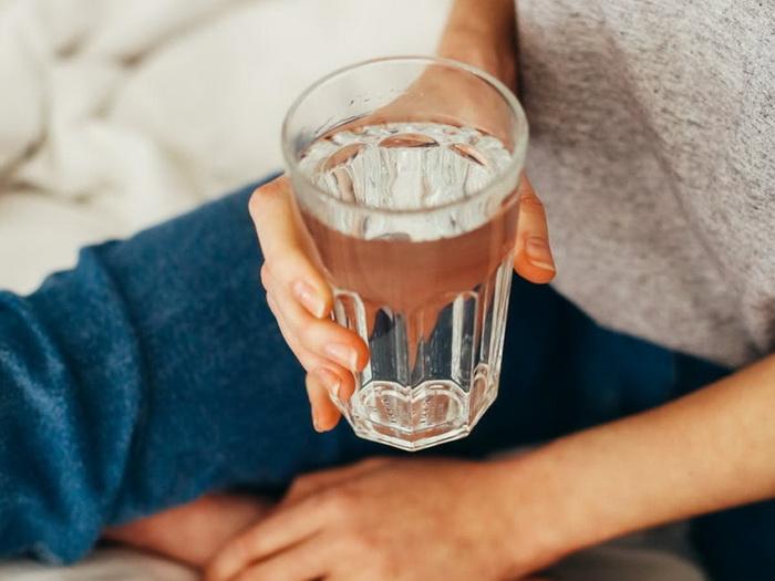 Питьевой режим-стакан воды