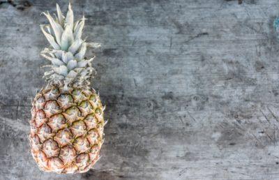 як чистити ананас