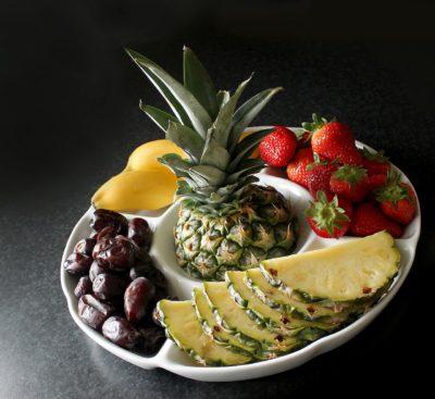 как почистить ананас