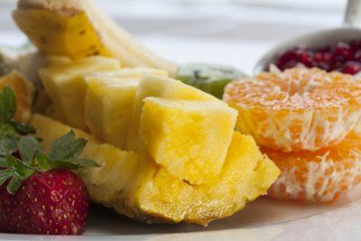 як різати ананас
