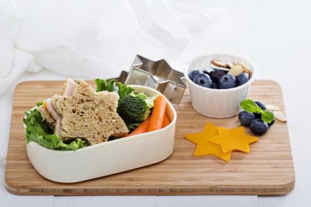 Креативное украшение еды в школу-ланч-бокс