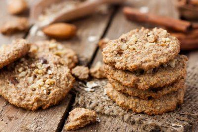 Вівсяне печиво з горішками