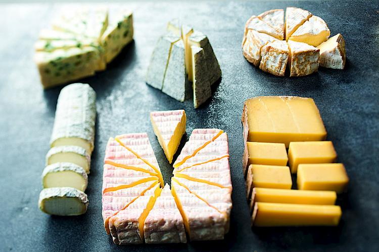 как резать сыр-советы