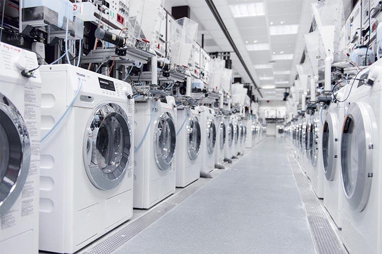 Тестирование стиральных машин на заводе Miele
