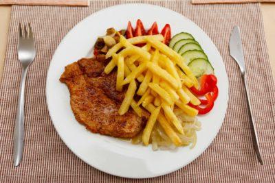 картошка фри на сковороде
