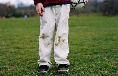 как вывести пятно на джинсах