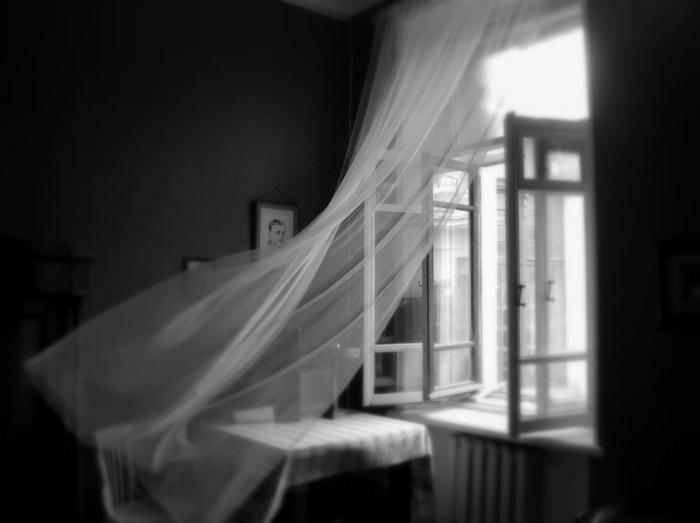 Открытое окно-проветривание