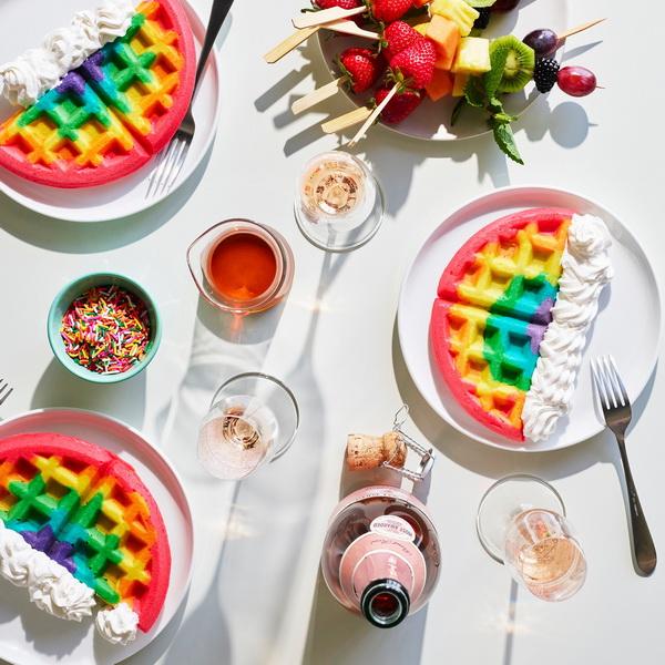 Радужные вафли-на завтрак