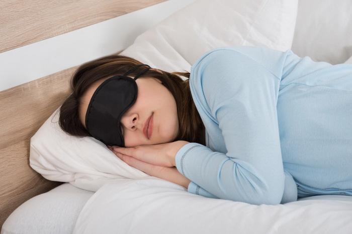 Сон в темноте-здоровый сон