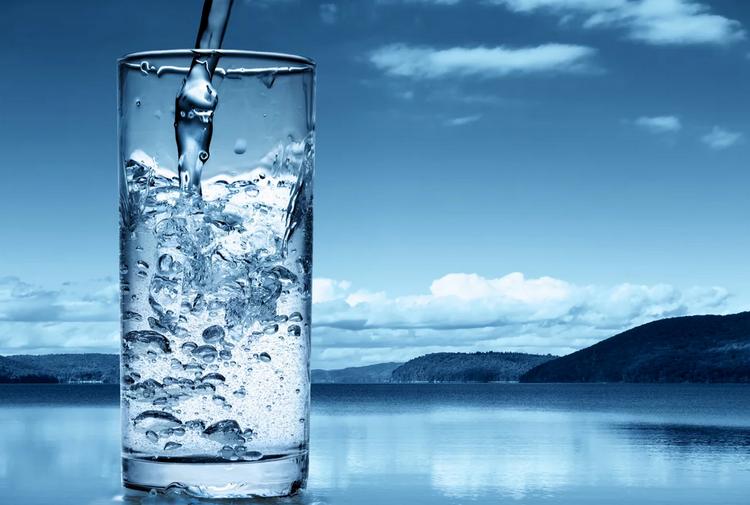 Стакан воды-питьевой режим