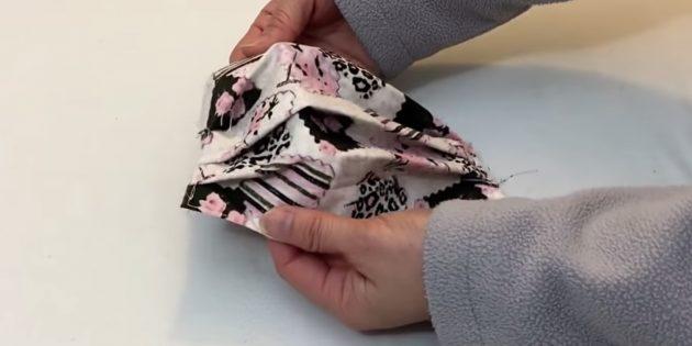 Тканевая медицинская маска со складкам-как сделать шаг 8