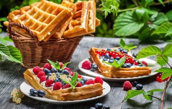 Венские вафли-с ягодами