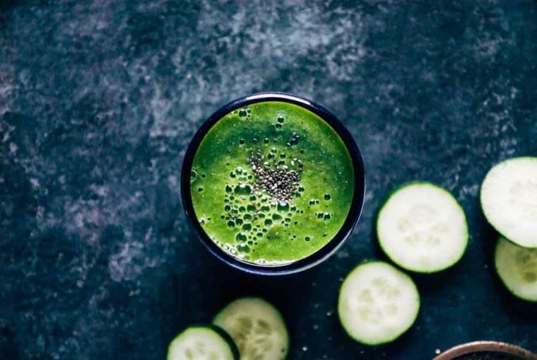 Зеленый огуречный смузи