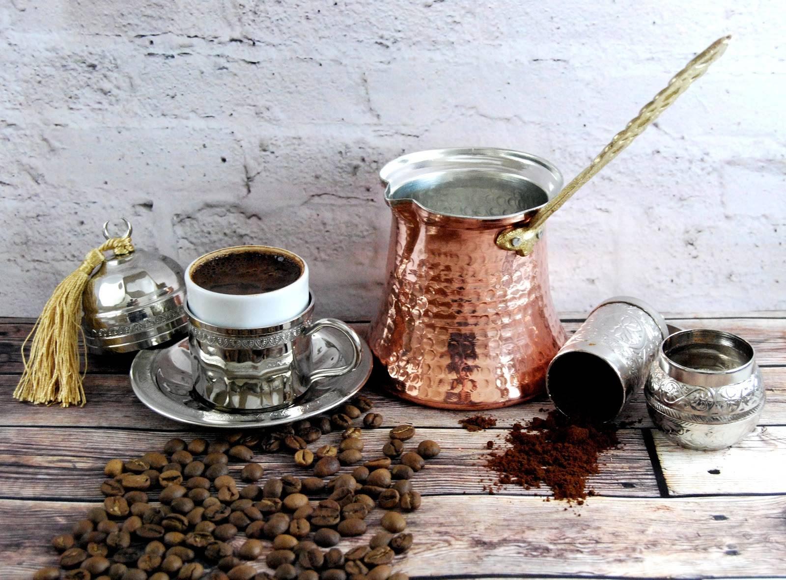 як правильно заварювати каву в турці