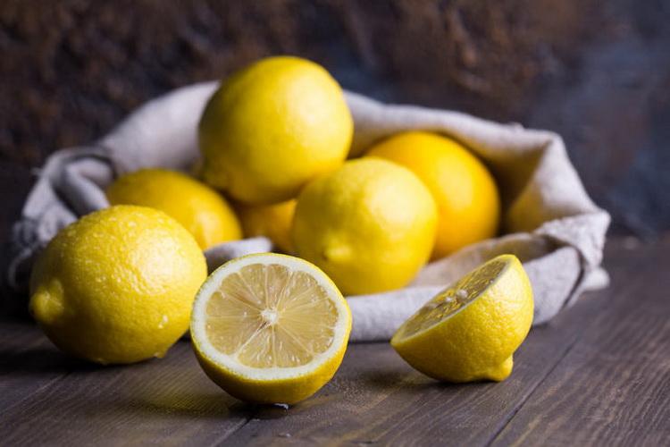 Лимоны-цитрусовые.