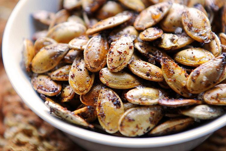 Жареные тыквенные семечки-со специями