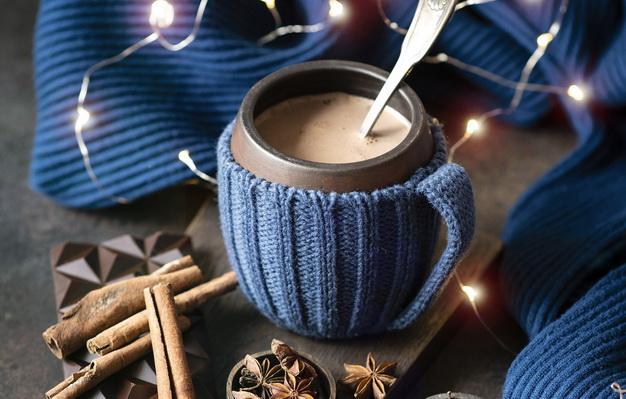 горячий шоколад-гирлянда