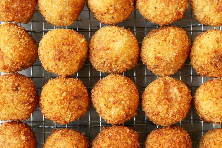 Картофельные крокеты-закуска.