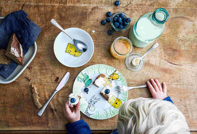 Посуд для маленької дитини