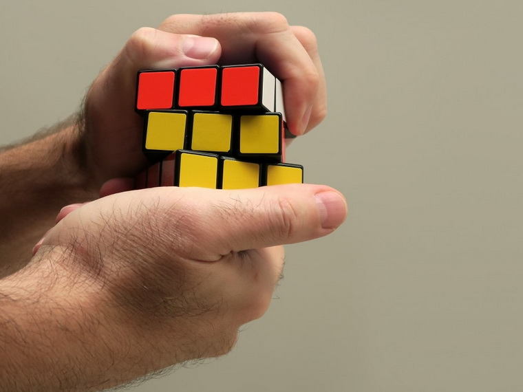 Кубик Рубика-головоломка