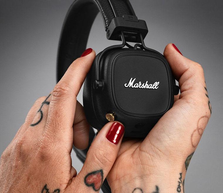 Marshall Major IV Bluetooth Black кнопка керування