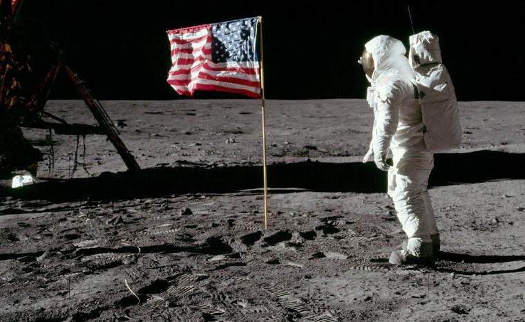 Лунная миссия Аполлон-11- Нил Армстронг