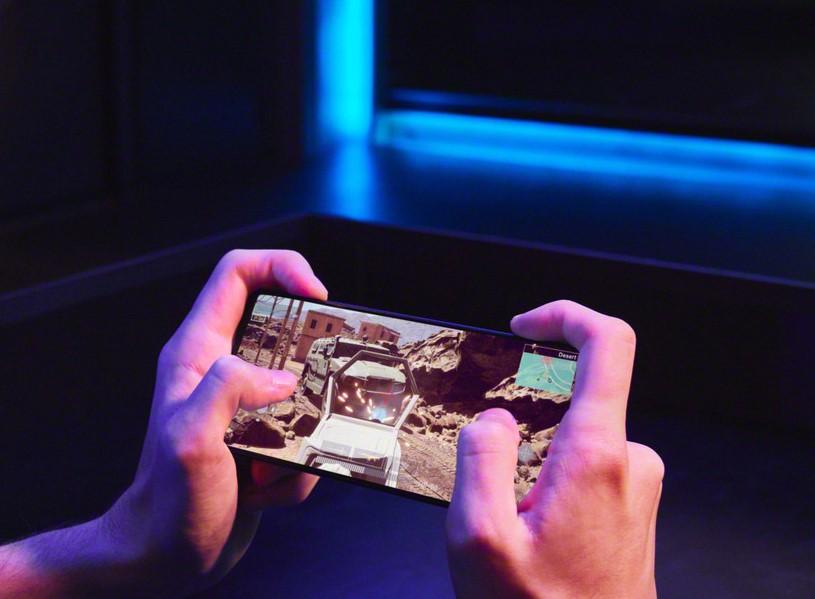 Sony Xperia 1 III-игры