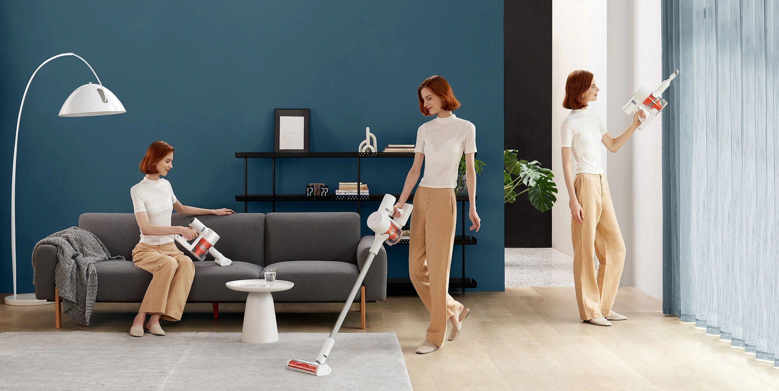 Уборка дома ручным пылесосом