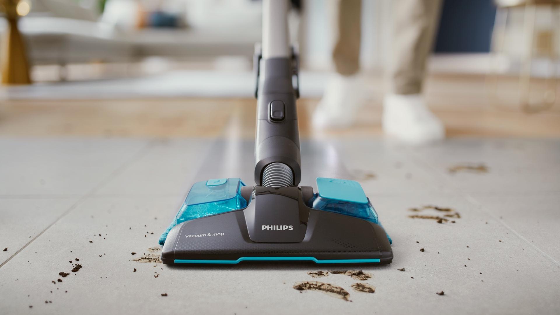 уборка ручным пылесосом