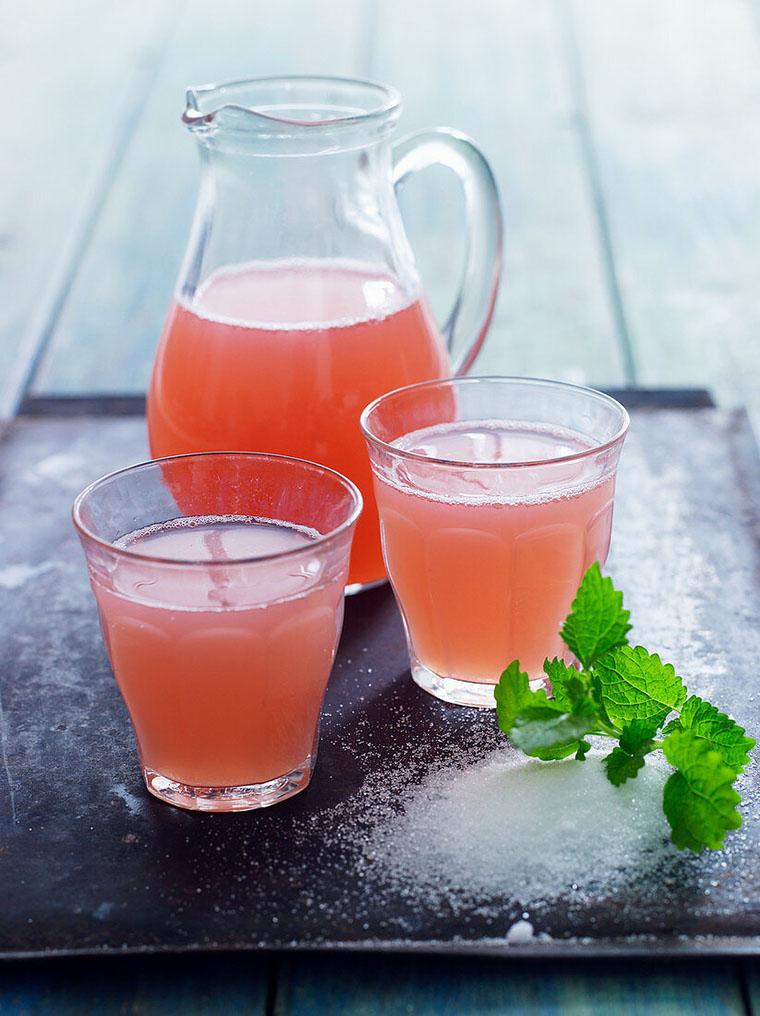 Ревеневий лимонад